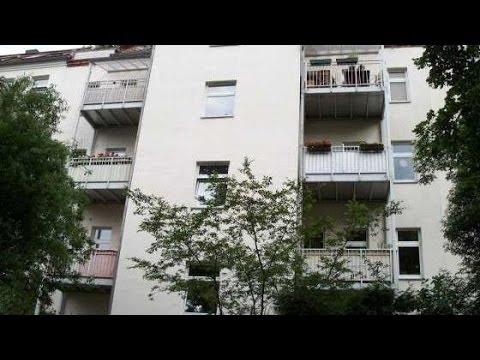 +++ SCHLEUßIG - Schicke 3-Raum mit BALKON, LAMINAT & TAGESLICHTBAD+++