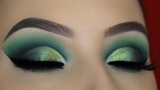 Green Smokey Cut Crease Makeup Tutorial