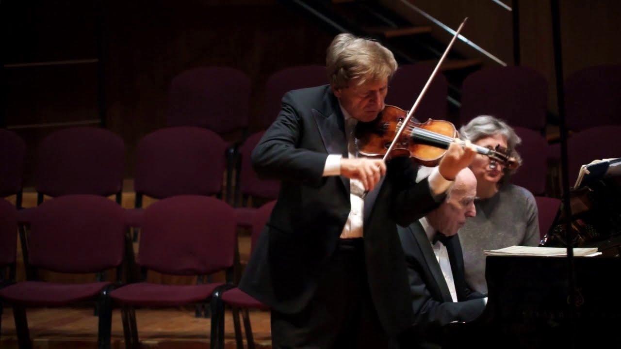 U. Ughi & B. Canino - Saluto e dedica musicale
