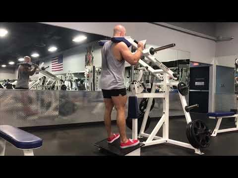 14 exercises on the lever squat machine