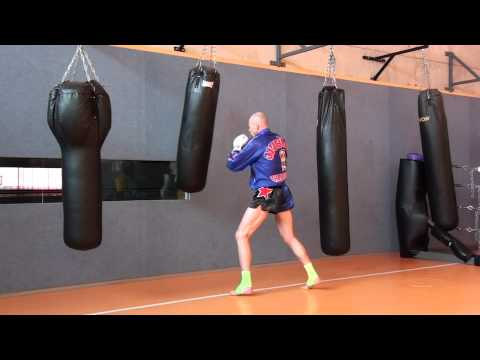bag work muay thai style 1