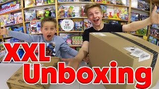XXL Überraschungs Paket - MEGA Spielzeug Unboxing! TipTapTube
