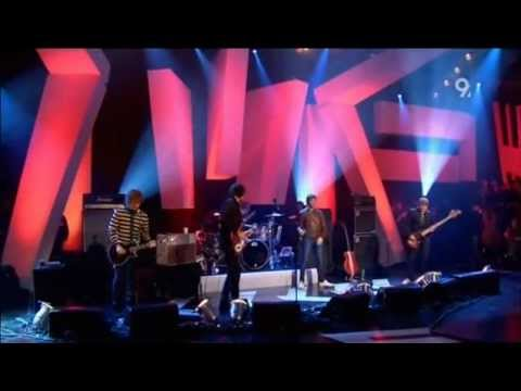 Kasabian - Shoot The Runner (Live Jools Holland 2006) Mp3