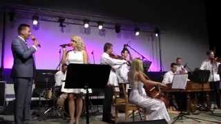 """KYJOV-Benefiční koncert """"srdcaři"""" FILIPU DOBEŠOVI, Grande Moravia L. Pavluše, manželé Řihákovi"""