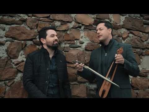 Απολάς Λέρμι και Ματθαίος Τσαχουρίδης τραγουδούν μαζί
