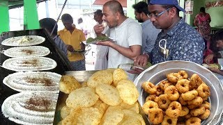 Crazy Breakfast Dosa / Vada / Poori / Chapati @ 20 Rs | Crowd Enjoying Cheap But Tasty Street Food
