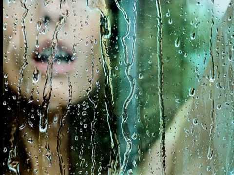 LUIS FONSI - Llueve por dentro