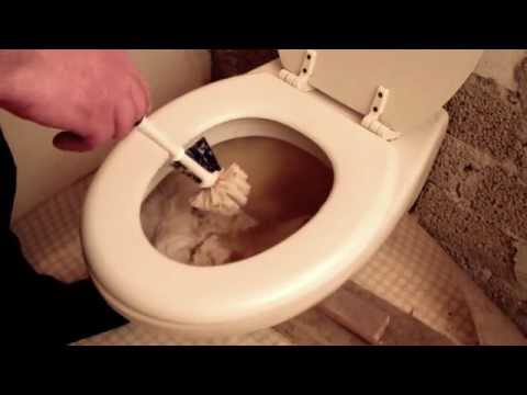 Toilettenverstopfung beheben, Toilette Klo verstopft