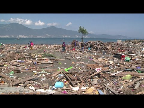 Indonesia tsunami: Survivors describe ordeal