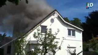 preview picture of video 'Woningbrand Veldhoven'