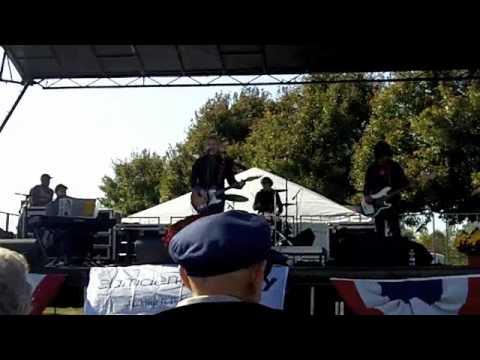 Louisiana Holiday (into Starship Trooper) - Chris Barron and the Time Bandits