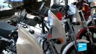 USA : California moped madness
