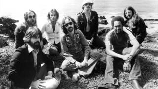 The Doobie Brothers - Carry Me Away