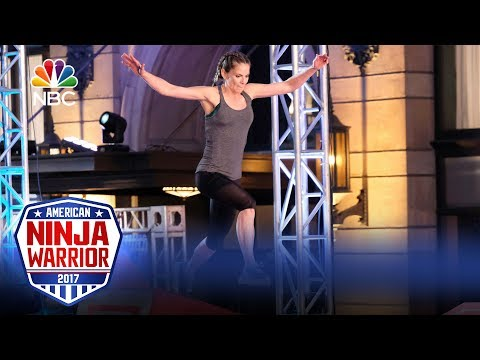 Natalie Morales's Run - Celebrity Ninja Warrior for Red Nose Day
