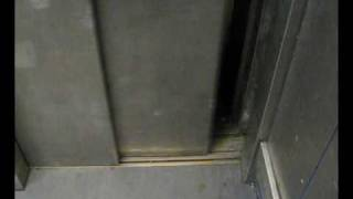 preview picture of video 'Pickerings lifts at dartford station WITH MOTOR ROOM'