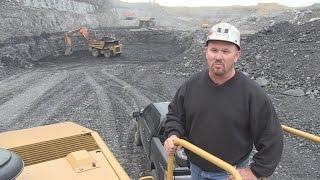 Struggling US coal industry sees Trump as saviour
