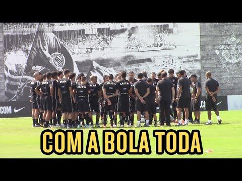 Sábado de sol e o Corinthians treinando na maior felicidade