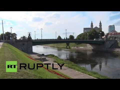 Lithuania: Removal of Soviet statues fro