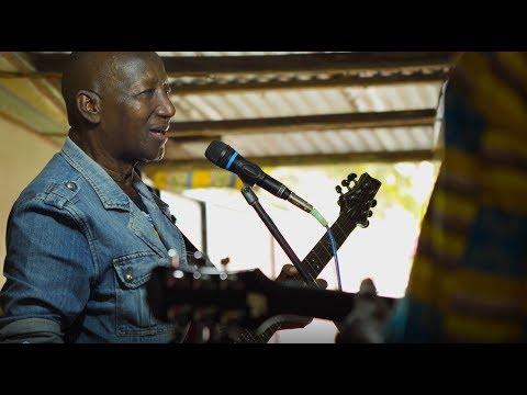 Guinea Feat. Sekou Bembeya Diabate