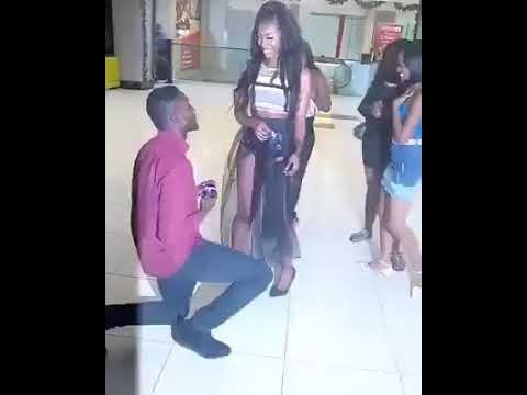 Woman Rejects Marriage Proposal in Public