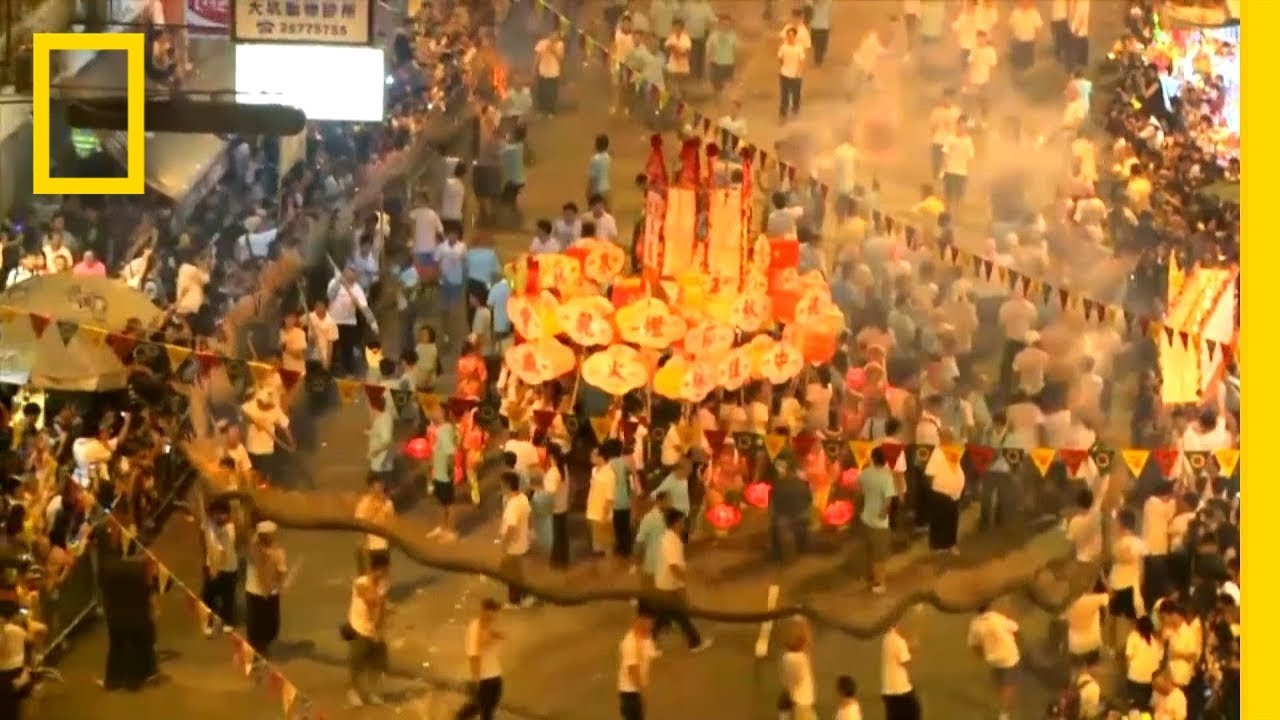See Hong Kong's Dazzling Fire Dragon Dance   National Geographic thumbnail