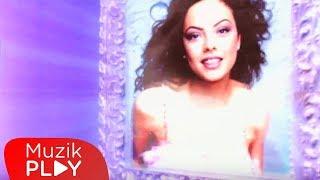 Ebru Gündeş - Dön Ne Olur (Official Video)