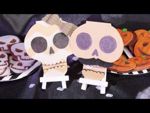 DIY marcadores de mesa de Halloween em forma de caveira