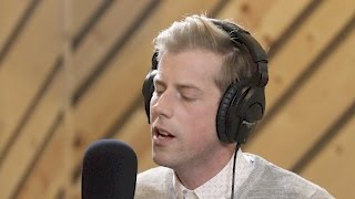 Andrew McMahon in the Wilderness – Cecilia And The Satellite (LIVE)