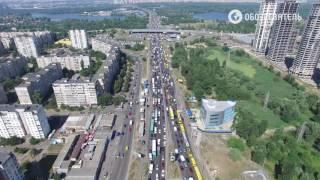 Рекордная пробка на Троещине на проспекте Ватутина - видео с воздуха