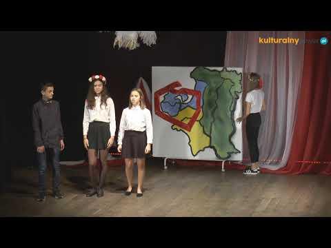 A to Polska właśnie widowisko poetycko-muzyczne na motywach dramatu St. Wyspiańskiego Wesele