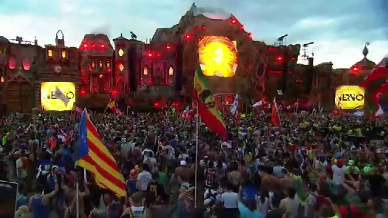 NERVO - Live @ TomorrowWorld 2014