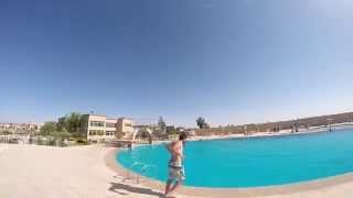 preview picture of video 'Piscine Oujda - Complexe Le Tropical Oujda - Bande annonce n°2...'