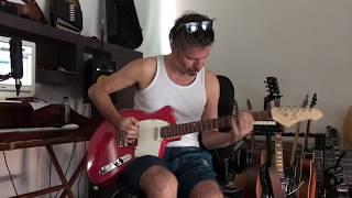 Rodrigo D'Erasmo (Afterhours) plays Liuteria Sala Guitars