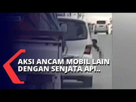 viral aksi pengemudi acungkan senjata api dari mobil ternyata seorang polisi