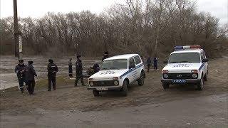 Полиция охраняет порядок в подтопленных населенных пунктах Кумылженского района