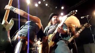 NASHVILLE PUSSY - Piece Of Ass - Live, PARIS 2010