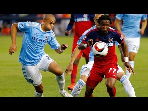 0a9a7313090 HIGHLIGHTS New York City FC vs Chicago Fire May 15 2015 play