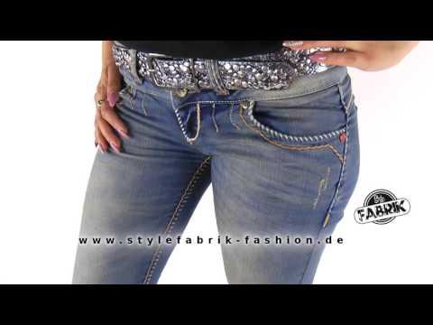 Stylische Damen Jeans von Cipo & Baxx  Destroyed Look mit goldenen Ziernähten blau