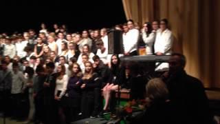 preview picture of video 'Final 2014 du spectacle des élèves de 2nde du lycée Bossuet (Lannion)'