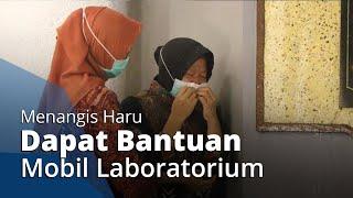 Wali Kota Surabaya Tri Rismaharini Menangis Haru Dapat Bantuan Mobil Laboratorium untuk Swab Test