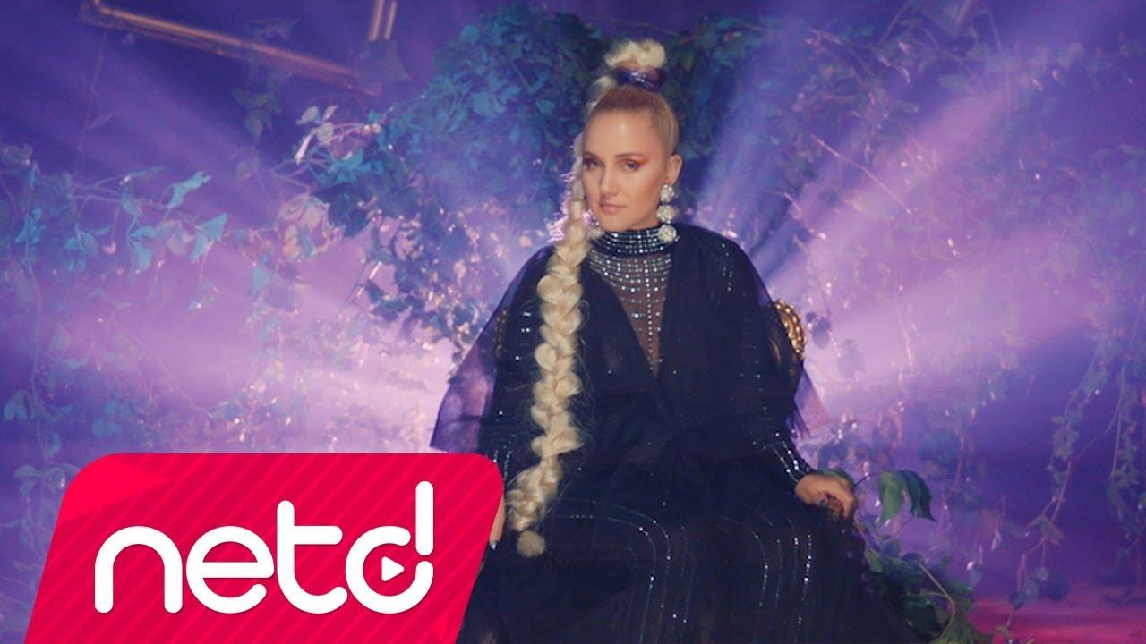 Serdar Ayyıldız feat. Ezgi Ayçe – Ateş Böceği Şarkı Sözleri