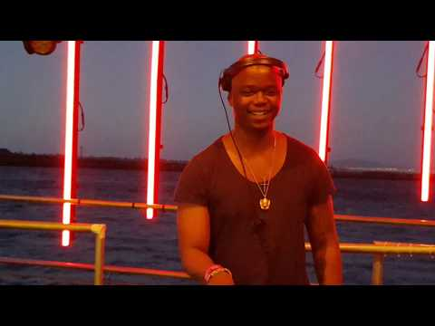 Culoe de Song live @ Shimmy Beach Club, Waterfront, Cape Town opholamedia 20190105