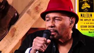 Live from Daryl's house Episode 72 with Aaron Neville - Tell it like it is