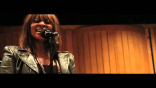 Jessica Reedy - 'Put It On The Altar' UNPLUGGED (VIDEO)