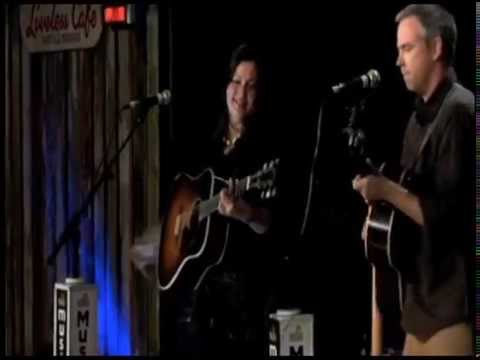 Live at Music City Roots