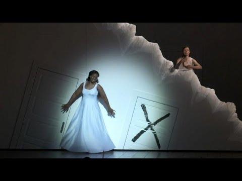 Παρίσι: Ο Ρολάντο Βιγιαζόν σκηνοθετεί την «Υπνοβάτιδα» του Μπελίνι…