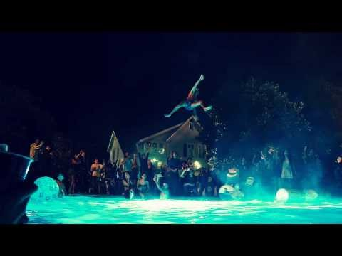 Project X soundtrack Heads Will Roll (A-Track Remix) - Yeah Yeah Yeahs (DOWNLOAD)