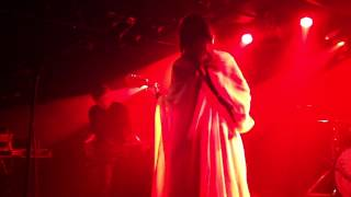 Chelsea Wolfe   We Hit A Wall ((20140807A38)