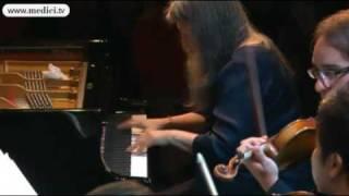 Beethoven piano concerto No.2 - Martha Argerich
