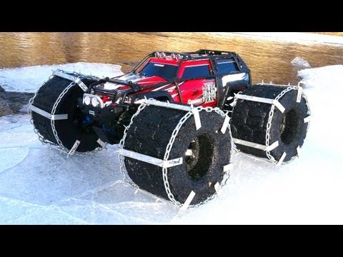 RC ADVENTURES - FLOATiNG TRAXXAS SUMMiT - ICE Chains & Floating RC TiRES